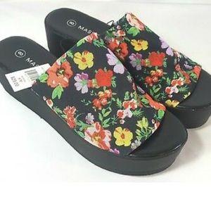 Massini niki floral slide platform sandals 8 New